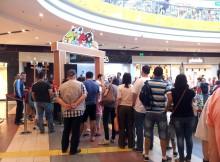 Angry Birds la Sun Plaza Shopping Center - coada