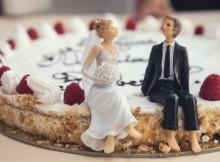cuplu casatorit tort nunta